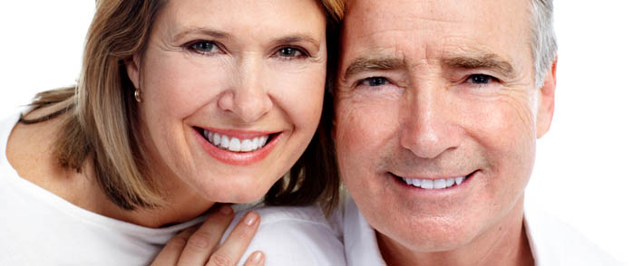 Költséghatékony megoldások a hiányzó fogak pótlására