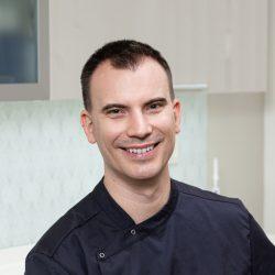 Dr. Győrfi András | tulajdonos | vezető fogorvos